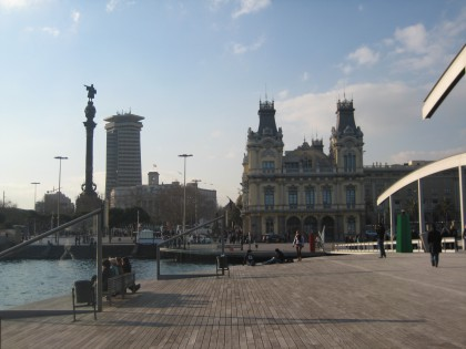 Monument of Colombus and Port Administration