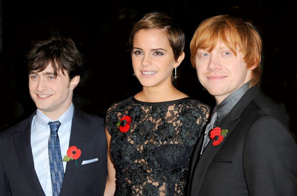 emma watson kiss scene. Emma Watson Kissing Scene.